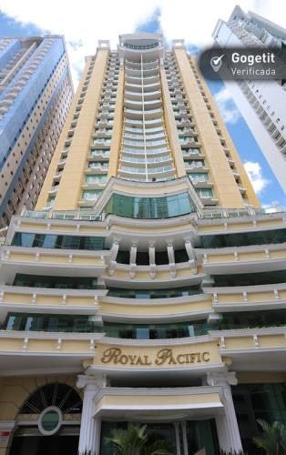 Royal Pacific Torre