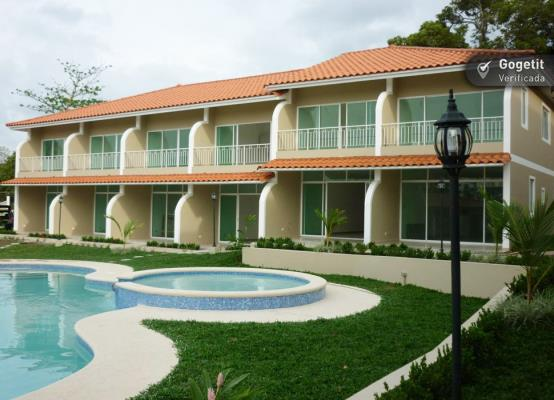 Villas de Bosquemar PH