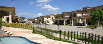 Dorado Lakes Urbanización