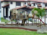 Mirador del LagoClosed gate community