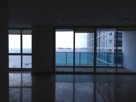 Mar Abierto Avenida Balboa, Panama
