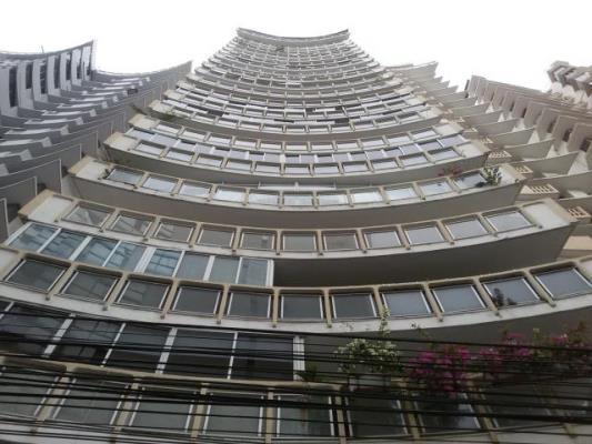 Ritz Torre