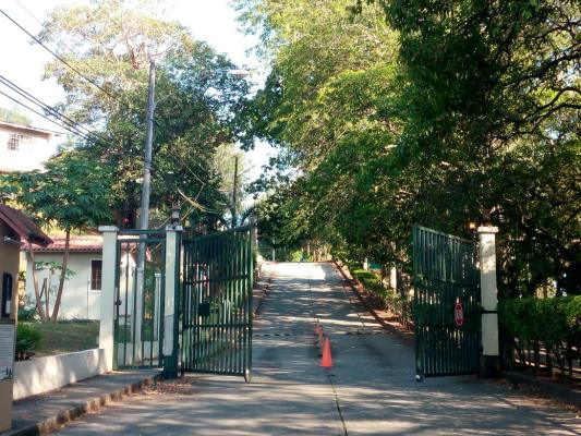 Villas del Pinar Comunidad cerrada