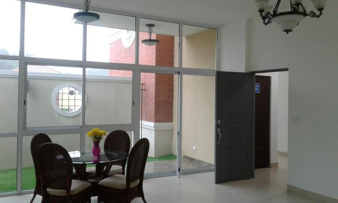 Apartment for sell in Canta Gallo | P560609
