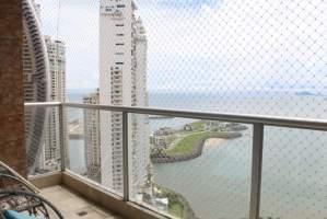 Q Tower  Punta Pacifica, Panamá